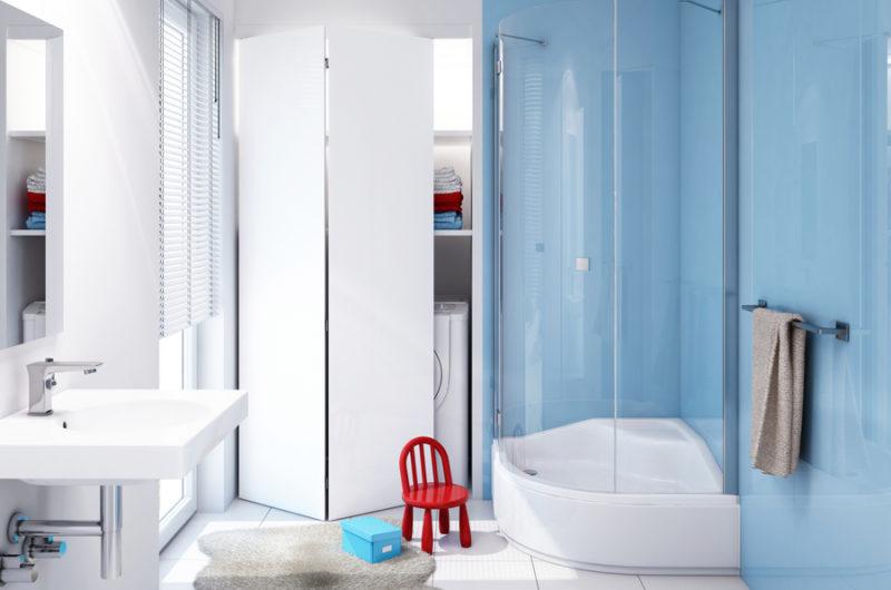 Aranżacja łazienki z uwzględnieniem dzieci - wysoki brodzik Go Baby marki Schedpol Think Quality w aranżacji przyjaznej dziecku.